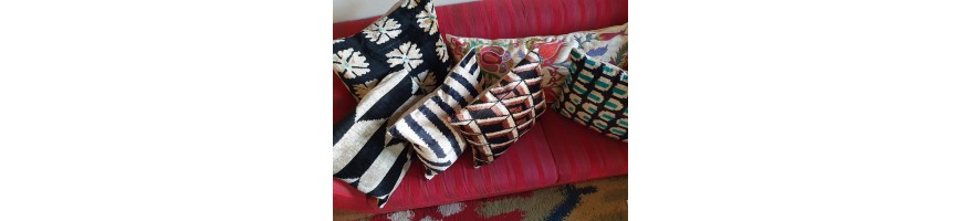 Hand made silk velvet cushions with Ottomans traditional patterns